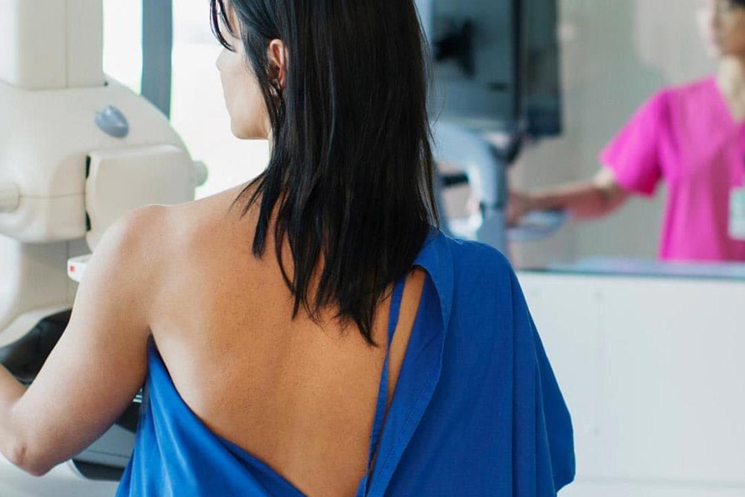 По какой причине болит грудь Фото - 1